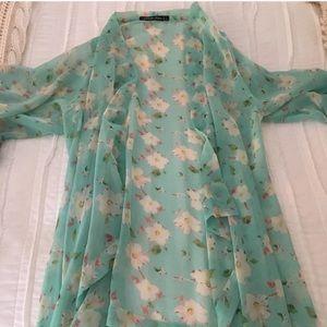 Teal Floral Kimono 🌸🌿